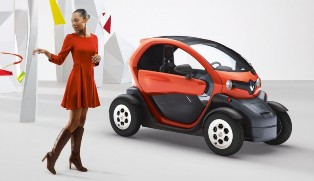 Renault to start selling revolutionary scooter base Twizy