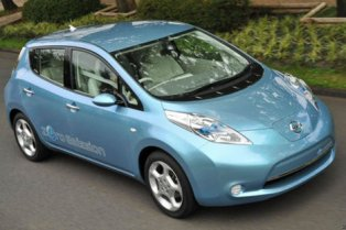 Nissan Leaf goes further with launch in Spain