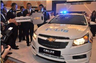 Naza sends Chevrolet Cruze and Chevrolet Captiva for police evaluation