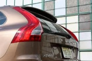 China recalls 135 Volvo XC60s
