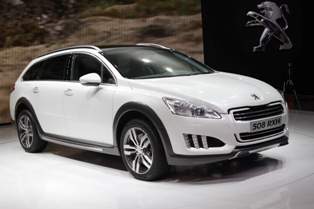 Peugeot raises the bar with Peugeot 508 RXH hybrid crossover