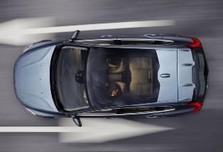 New Volvo V40 images released