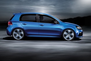 Volkswagen launches flagship R models for Golf and Passat