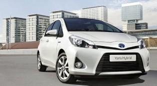 Toyota unveils 2012 Yaris Hybrid