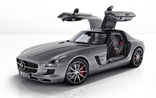 A new more powerful and definitely beautiful Mercedes-Benz SLS AMG GT