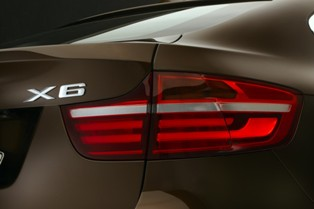 Facelifted BMW X6 xDrive35i launched