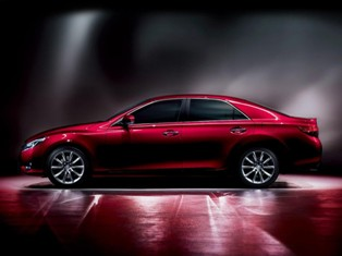Facelifted second-gen Toyota Mark X launched in Japan