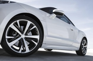 Peugeot RCZ facelift to come out in Paris