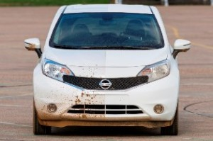 Nissan Note gets self-cleaning prototype