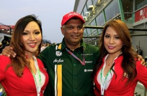 Tony Fernandes wants £350m for Caterham after getting 'bored' with F1
