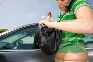 Top Safety tips for Women drivers